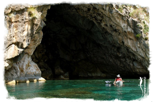 Sea-kayaking with Outdoor Albania